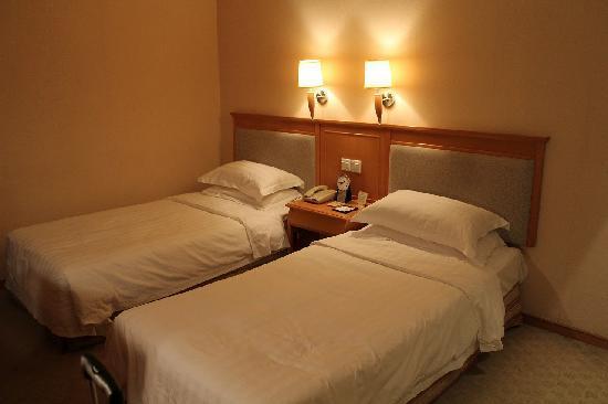 Zhongshan Hotel : 部屋の写真