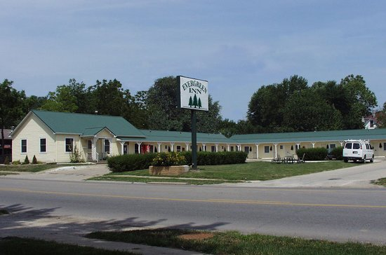 Osceola, IA: EVERGREEN INN MOTEL