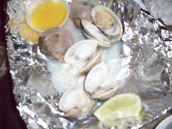 Homosassa, FL: Clams for $7.00