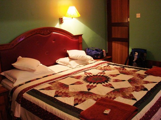Hotel Ganesh Himal: Our room - comfotable & very clean