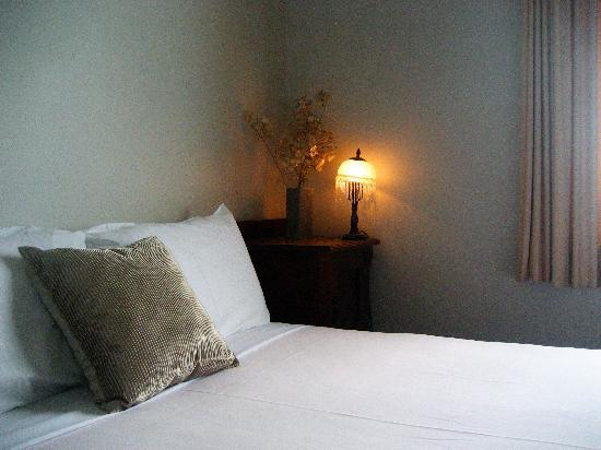 The Cecil Guesthouse: 2 Bedroom Ensuite Getaway