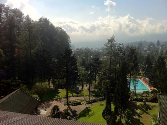 Puncak Pass Resort: view from balcony