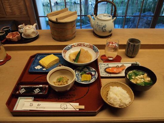 Shiraume: japanese breakfast
