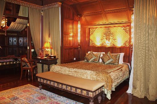 Mandalay Hill Resort : Habitacion para luna de miel