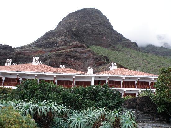 Parador Hotel El Hierro: Vista exterior del Parador