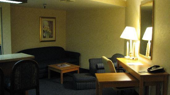 BEST WESTERN PLUS InnSuites Ontario Airport E Hotel & Suites: Best Western InnSuites Ontario / LA Airport / Mall