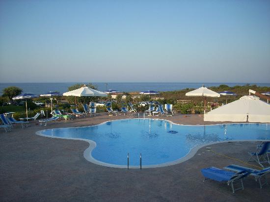 Hotel Costa Caddu: piscina dell'hotel