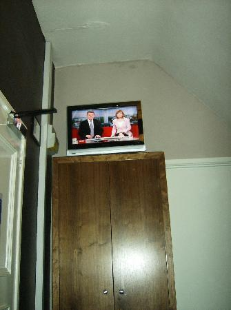 George Hotel: Interesting placement of tv.