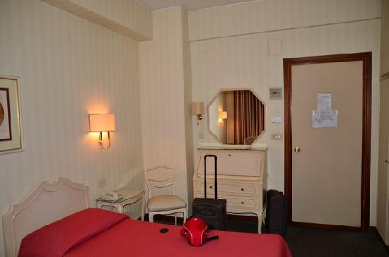 Hotel Commodore Roma: Zimmer 210
