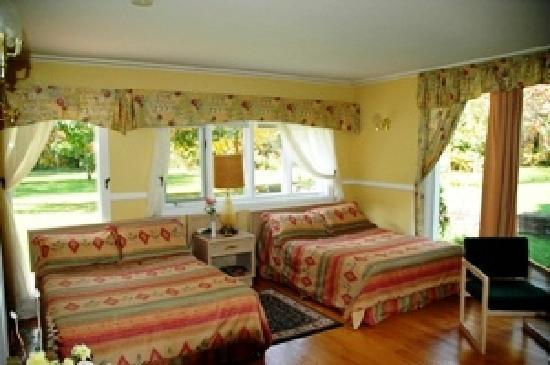 The Bourget Inn & Spa Resort: Getaways Guest Room