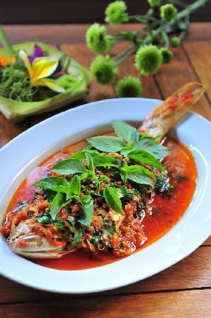 Cafe Degan : Ikan Panggang Kemangi, slow simmered fish in ginger, chili, lemongrass and lime leaf