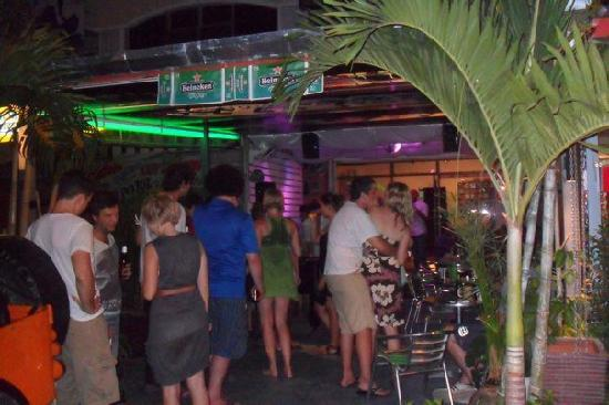 Phuket By, Thailand: Packed out with the people