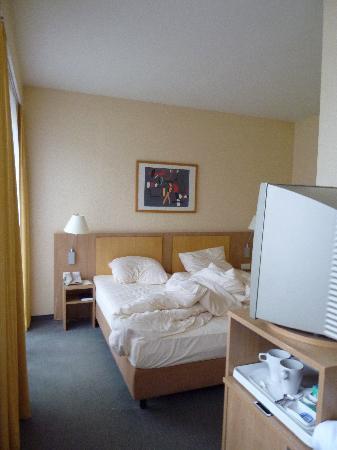 Wyndham Garden Duesseldorf City Centre Koenigsallee: Doppelzimmer