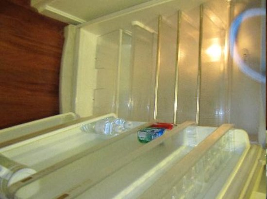Phachara Suites: A Fridge NOT crammed full of overpriced stuff!