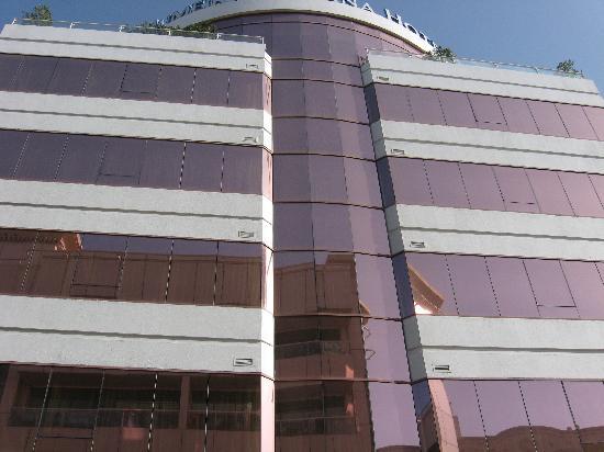โรงแรมจูเมร่าโรทาน่า: Die Hausfront