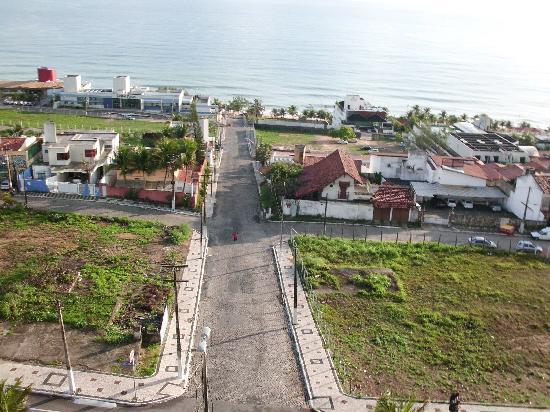 Holiday Inn Express Natal Ponta Negra: Do Holiday Hotel da para ver a praia de Ponta Negra