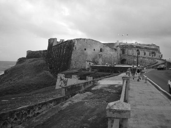 San Juan, Porto Rico : View of San Cristobal Castle from West