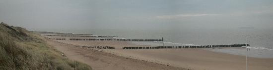 Golden Tulip Beach Hotel Westduin Vlissingen: La cote de l'autre c§oté de la dune