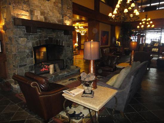 Lodge at Whitefish Lake: Lobby