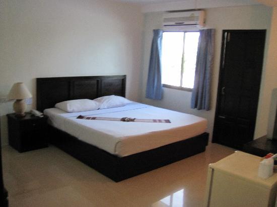 Twin Inn Hotel: notre chambre