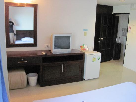 Twin Inn Hotel: chambre
