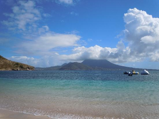 Basseterre, Saint Kitts: Cockleshell Beach