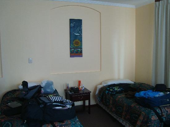Hotel La Casona : camas simples