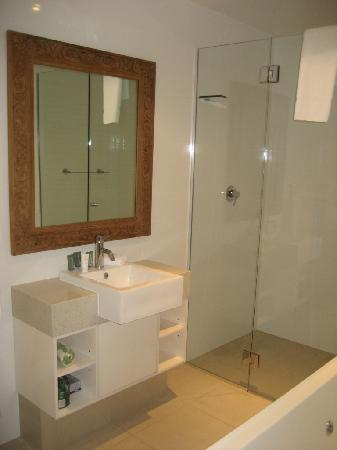 Apartments Inn, Byron Bay: Bathroom