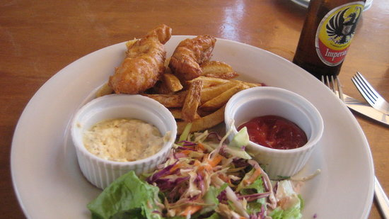 Lola's: Fish and Chips