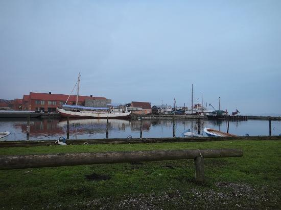 Liselund Ny Slot: Harbor at nearby town of Stege