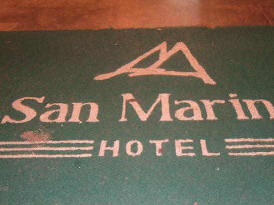 San Marino Hotel & Suites: Recepción del hotel