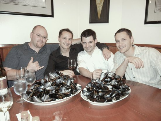 Walnut Creek Yacht Club:                   All thats left of 40 Bowls of Mussels