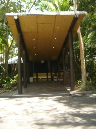 Kewarra Beach Resort & Spa: The Entrance the Kewarra