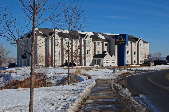 Microtel Inn & Suites by Wyndham Bellevue : Outside view of Microtel in Bellevue, NE.