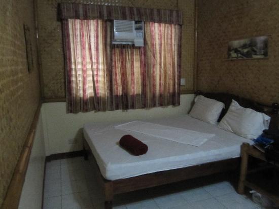 Kawayanan Resort: Double bed