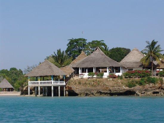 Chuini Zanzibar Beach Lodge: Blick vom Meer auf das Haupthaus