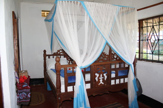 Sazani Beach Lodge: The room