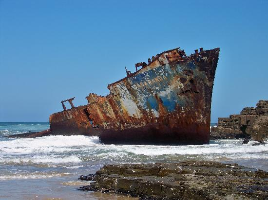 Trennerys Hotel: The Jacaranda shipwrecked in 1971