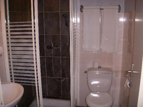 Hotel Port-Malo : salle de bain