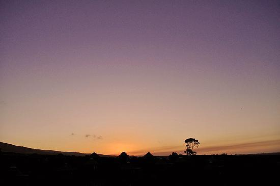 Garden Route Game Lodge: Sunset at the lodge..