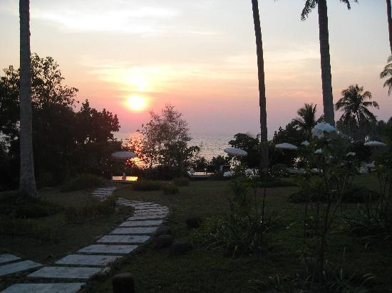 Shantaa Koh Kood: sunset from the room