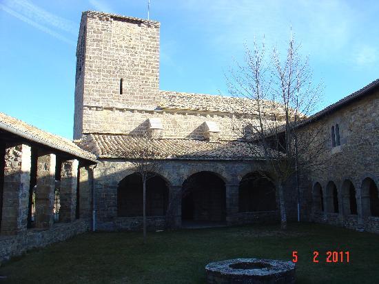 Eparoz, Espagne : Claustro e Iglesia