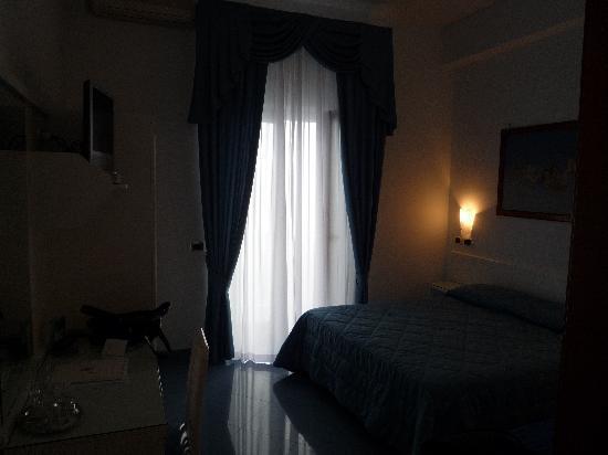 Hotel Voce del Mare: stanza 215