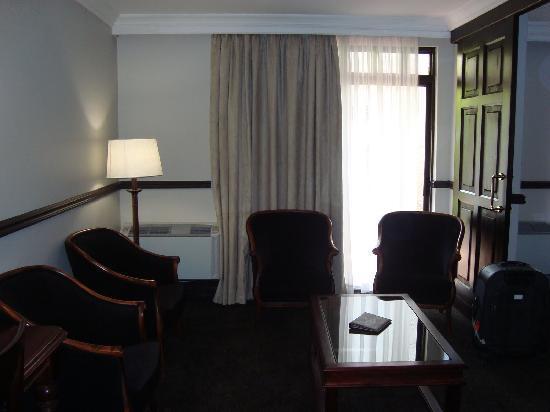Court Classique Suite Hotel: Court Classique - Room