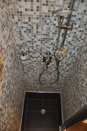 At Home Townhouse: Recently renovated showers