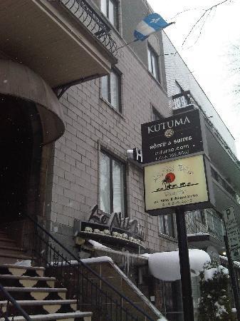 Hotel Kutuma: Exterior of hotel