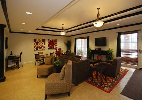 MainStay Suites Fort Campbell: Great Room - Breakfast Area