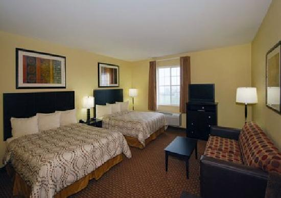 MainStay Suites Fort Campbell: All rooms offer pullout sofas