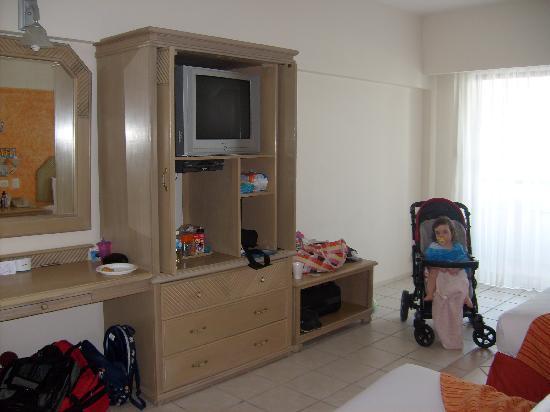 Crown Paradise Club Cancun : room view 2