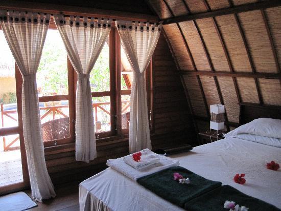 Manta Dive Gili Air Resort: Liebevoll hergerichtetes Zimmer